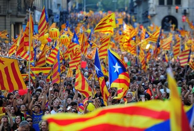 Barcelona: Katalonia chce się oderwać od Hiszpanii, będzie ważne wystąpienie premiera regionu