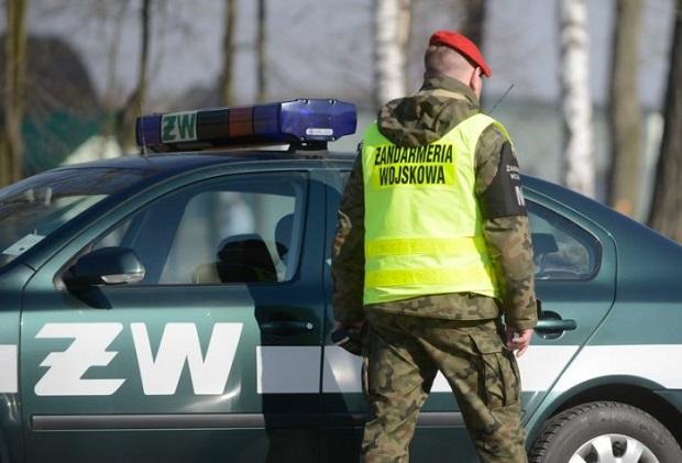 Zawodowi żołnierze zatrzymani za pomoc w egzaminach na uczelniach wojskowych