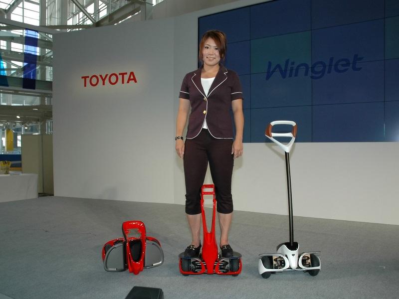 Toyota Winglet – zrobotyzowana hulajnoga