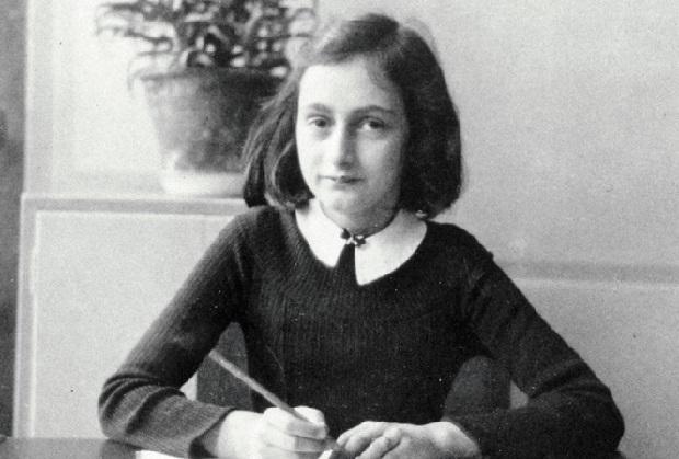 Międzynarodowa wystawa poświęcona Annie Frank dotarła do Seattle