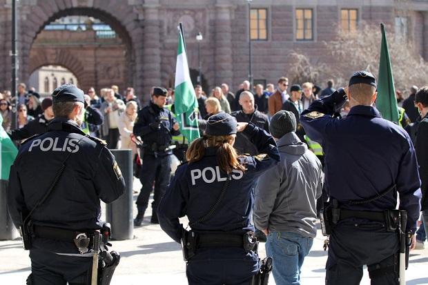 Szwecja: Premier zaniepokojony wzrostem przestępczości zorganizowanej