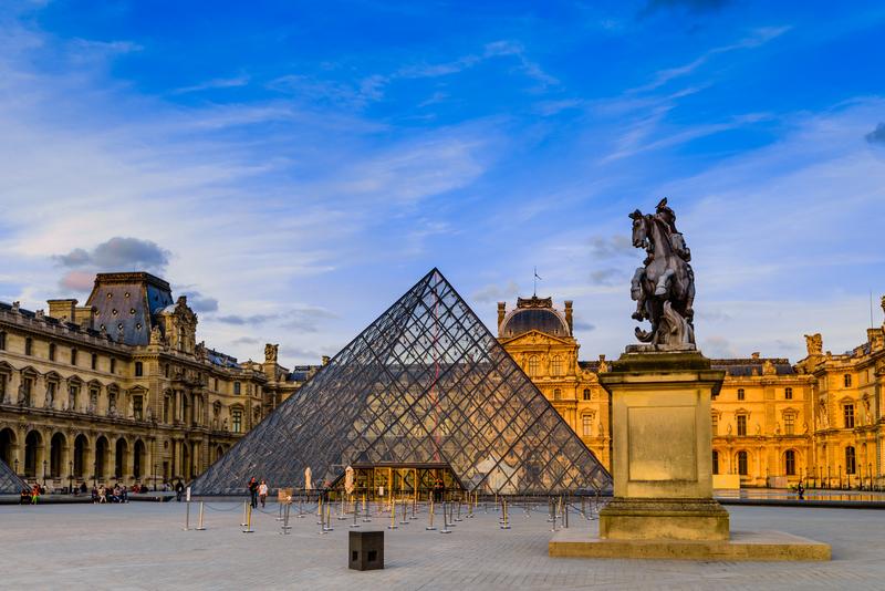 Francja: Nie ma wstępu do Luwru bez rezerwacji