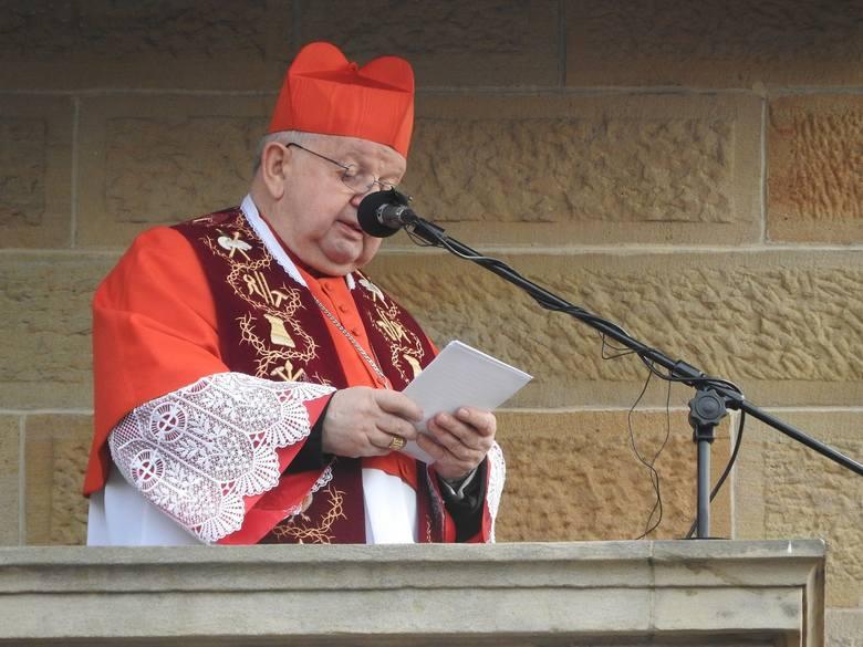 Kardynał Stanisław Dziwisz apeluje o amnestię dla więźniów