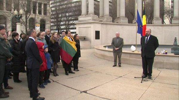 Mieszkańcy Chicago oddali hołd ofiarom zamachów w Brukseli