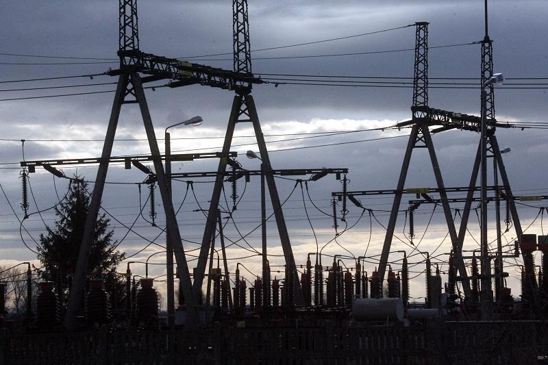 Energa Operator: do niedzieli prąd wróci do wszystkich gospodarstw domowych