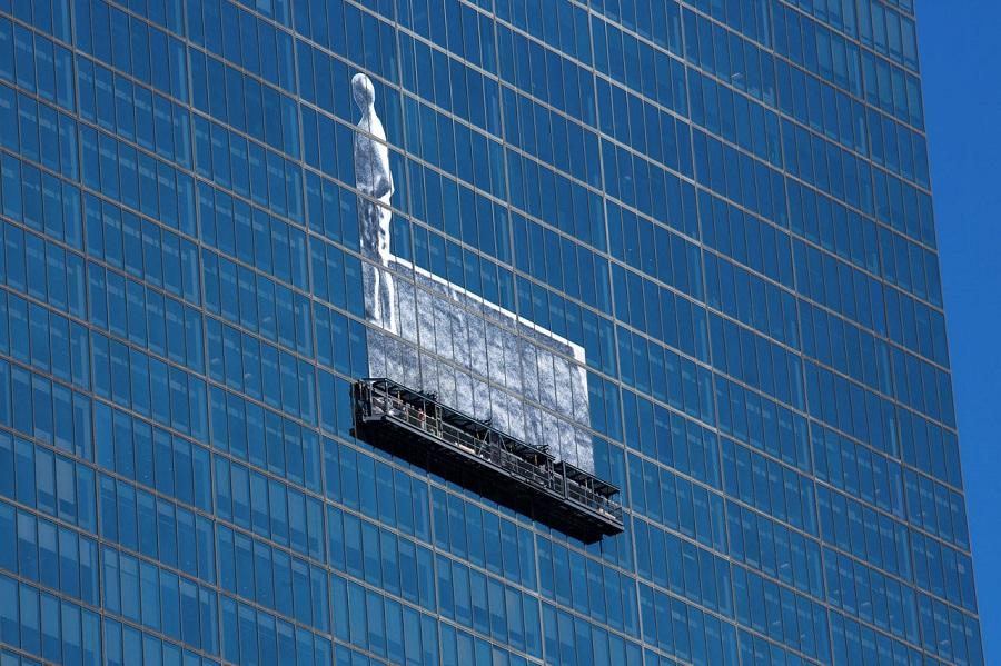 Wielki mural zniknął z najwyższego budynku w Bostonie