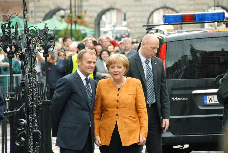 Tusk na dywaniku u Merkel