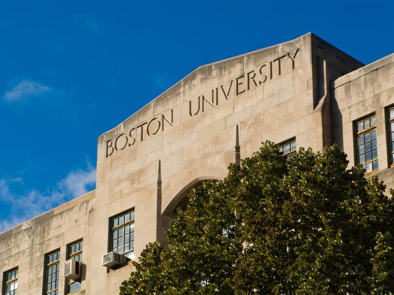 Nazistowskie plakaty na Uniwersytecie Bostońskim