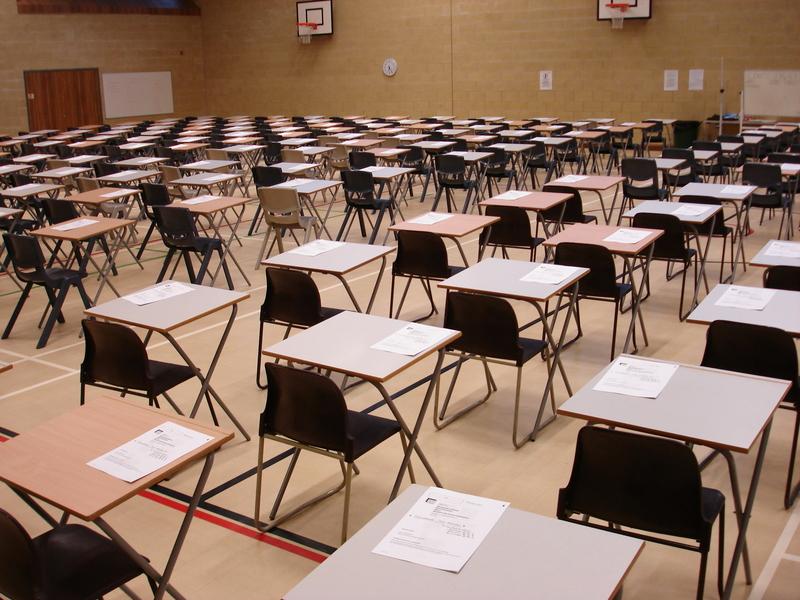 Egzaminy gimnazjalne: W trzech szkołach doszło do nieprzewidzianych sytuacji