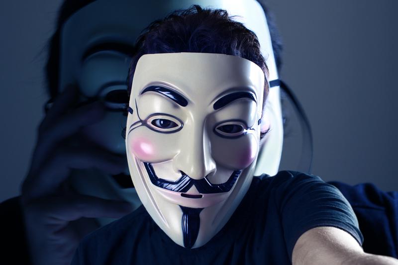 Dziennikarz Reutera skazany na 2 lata więzienia za pomoc Anonymous