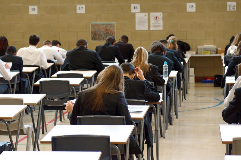 Drugi dzień egzaminów ósmoklasistów przebiegł bez zakłóceń mimo trwającego strajku nauczycieli