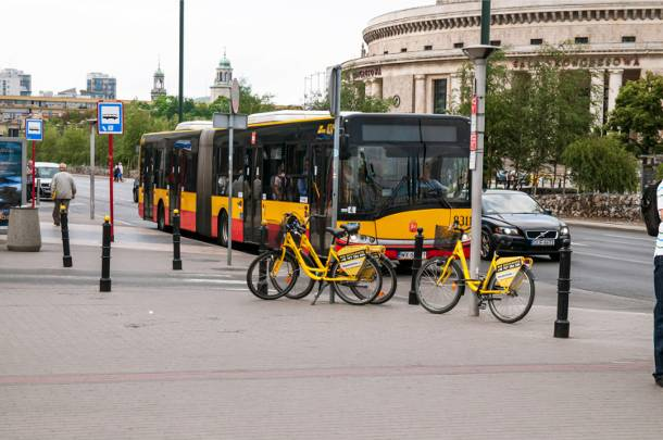 Jak poruszać się po Warszawie podczas długiego weekendu? Majówka 2016 – zmiany w komunikacji
