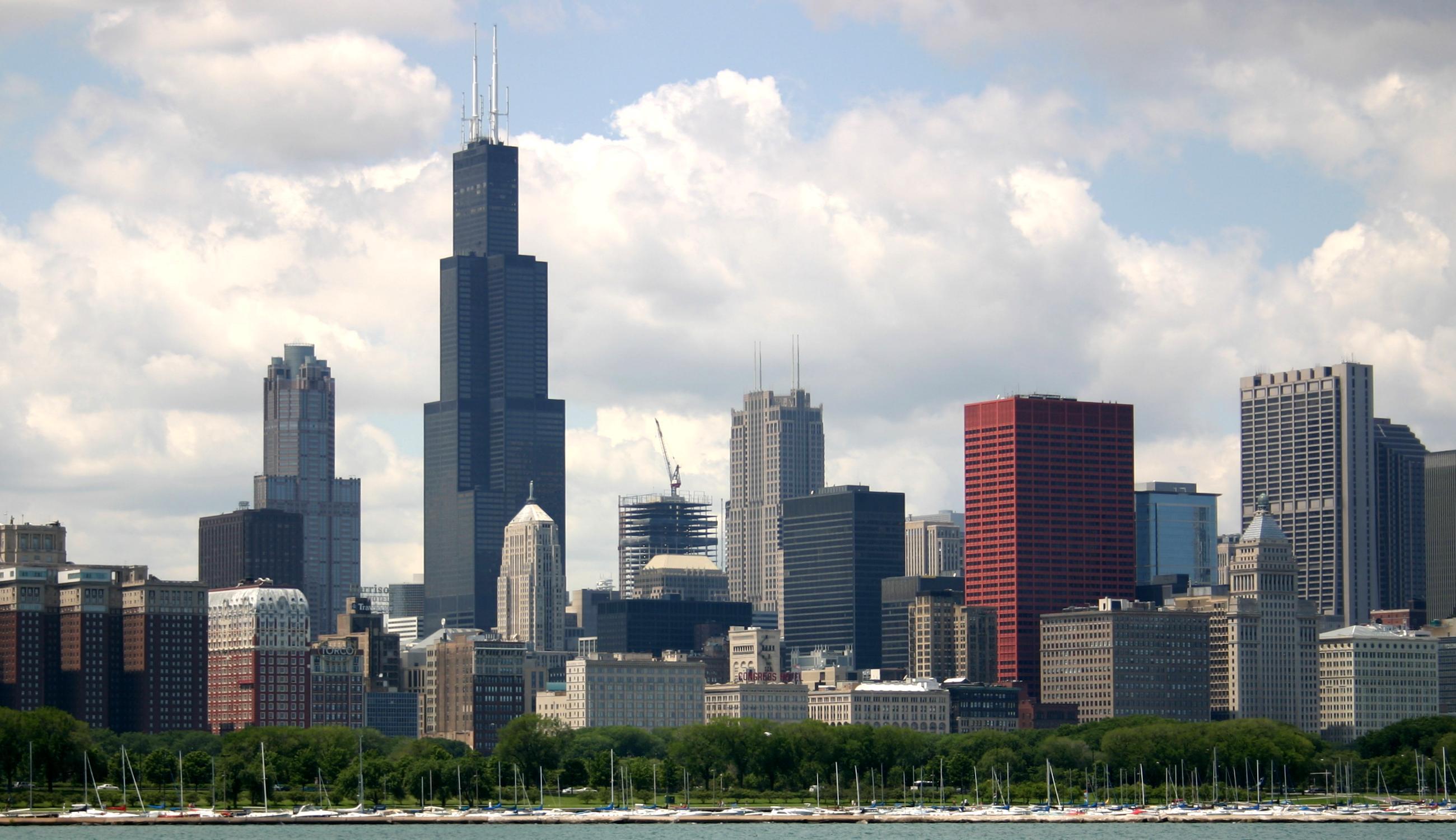W Chicago jedną trzecią pensji wydajemy na utrzymanie