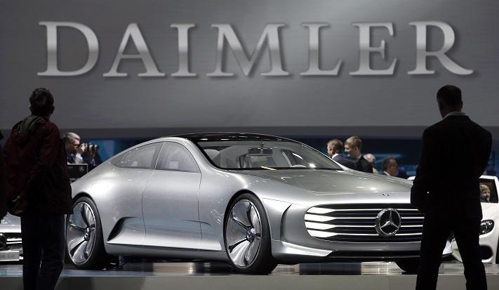 Daimler ogłosił zawieszenie aktywności w Iranie w związku z przywróceniem sankcji przez USA