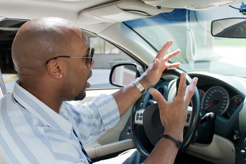 Zawieszono prawo jazdy 869 kierowców w Massachusetts