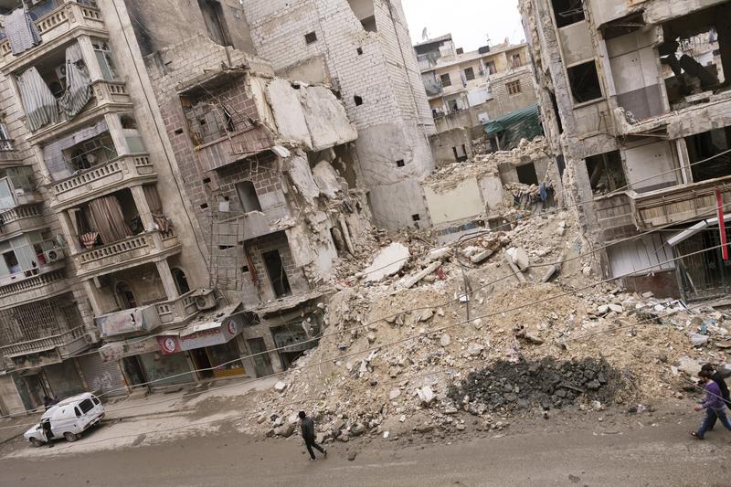 """BBC: """"Syryjscy bojownicy wstrzymali działania bojowe w Aleppo"""""""