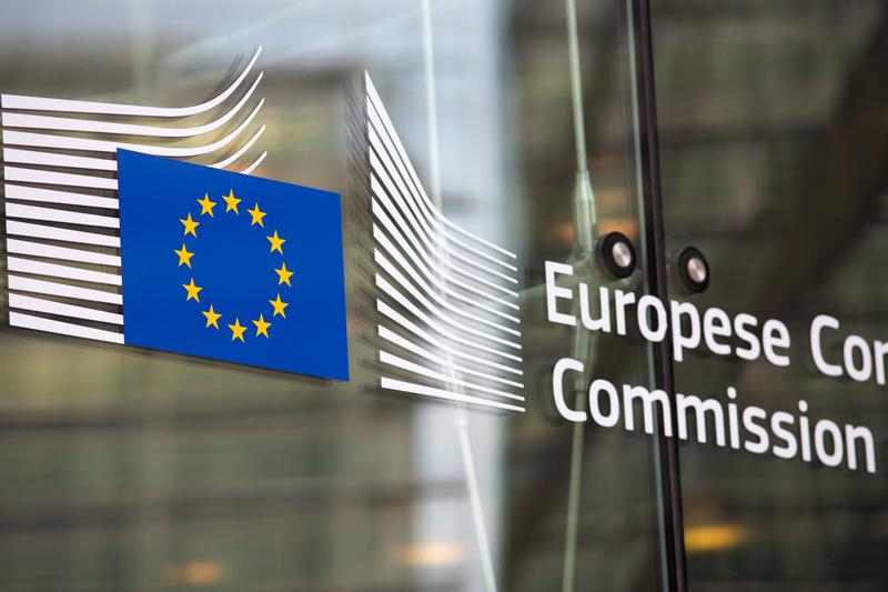 Wywiad doradczyni Mogherini dla rosyjskiej propagandowej telewizji RT. Dziwne tłumaczenia Komisji Europejskiej
