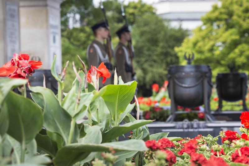 Uroczystości upamiętniające 72. rocznicę zakończenia drugiej wojny światowej