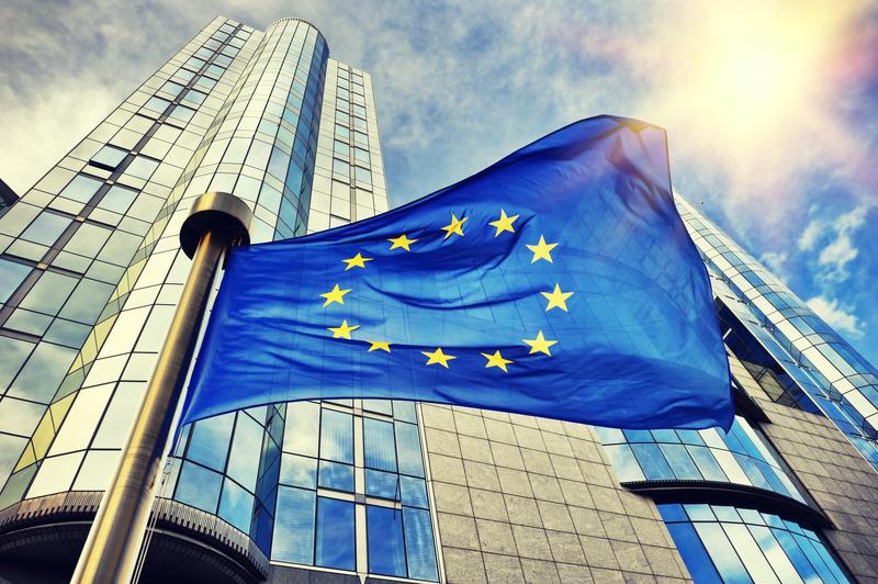 PE: Liberałowie żądają od Ursuli von der Leyen sankcji za łamanie praworządności. Inaczej jej nie poprą…