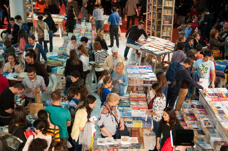 Niemal tysiąc autorów z sześćdziesięciu krajów… W Edynburgu rozpoczyna się Międzynardowy Festiwal Książki