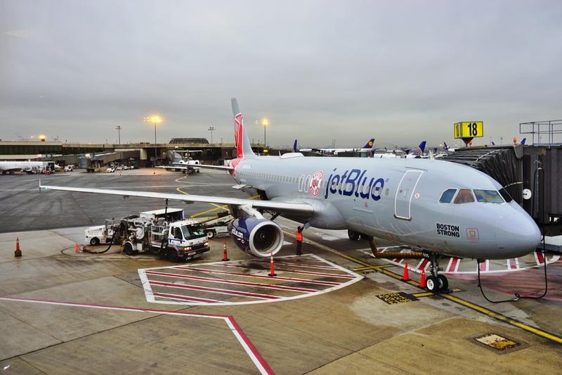 Dzieci w niewłaściwych samolotach. Linie JetBlue pozwane