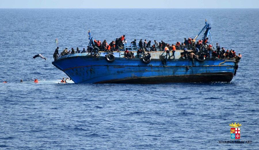 Włochy: Migranci zaatakowali załogę włoskiego statku