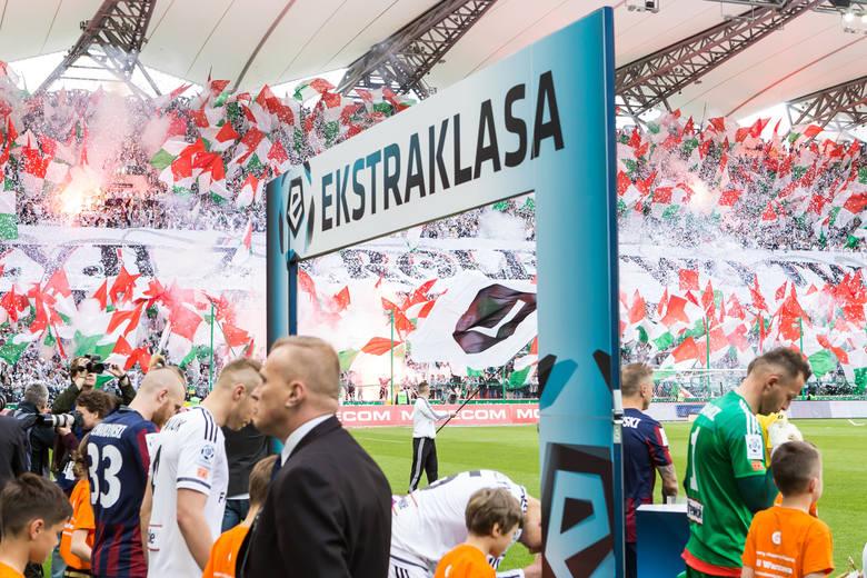 Ile przychodów zanotowały kluby Ekstraklasy?