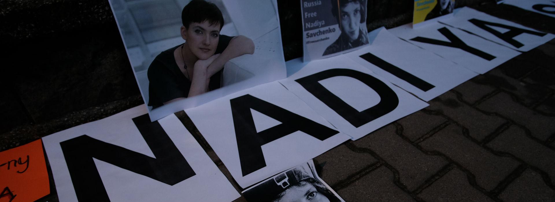 """""""Jestem gotowa oddać życie za Ukrainę"""" – Nadia Sawczenko odzyskała wolność, ale nie przestanie walczyć"""
