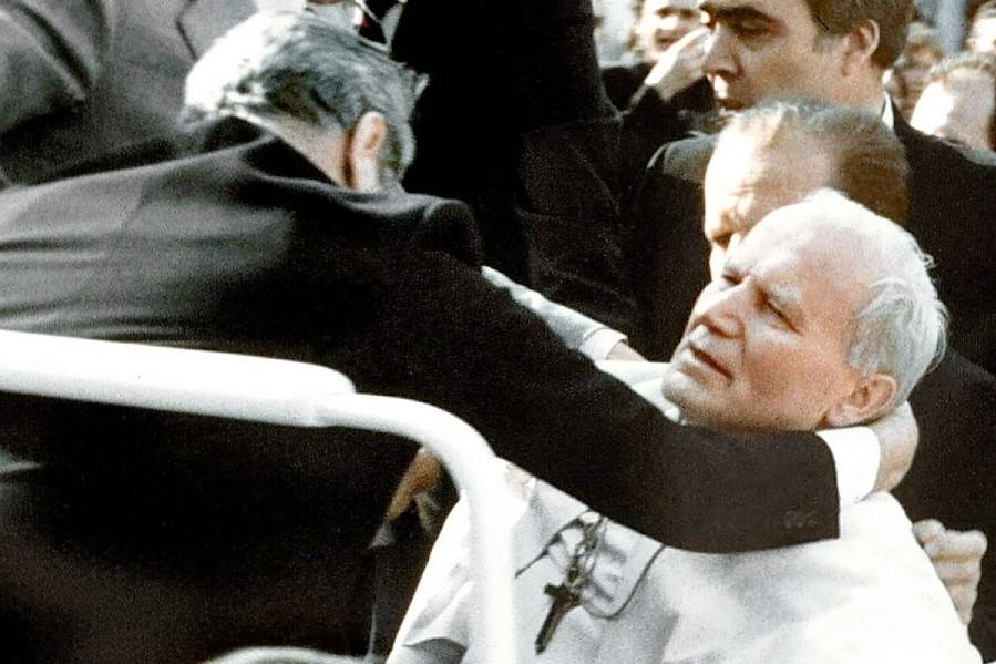 Rocznica zamachu na życie Jana Pawła II. 13 maja 1981 roku padły strzały na Placu Św. Piotra
