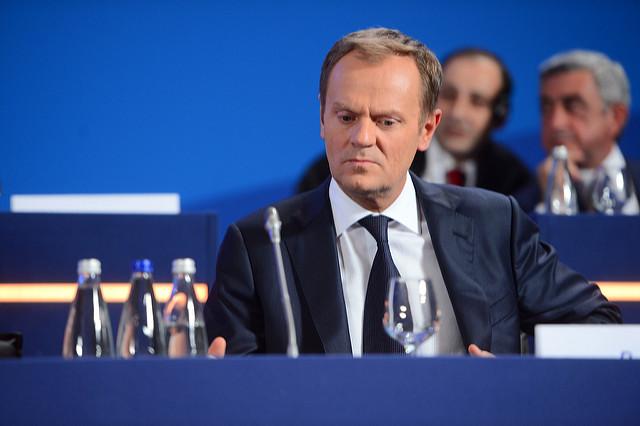 Mało przejrzyste kontakty Tuska z lobbystami