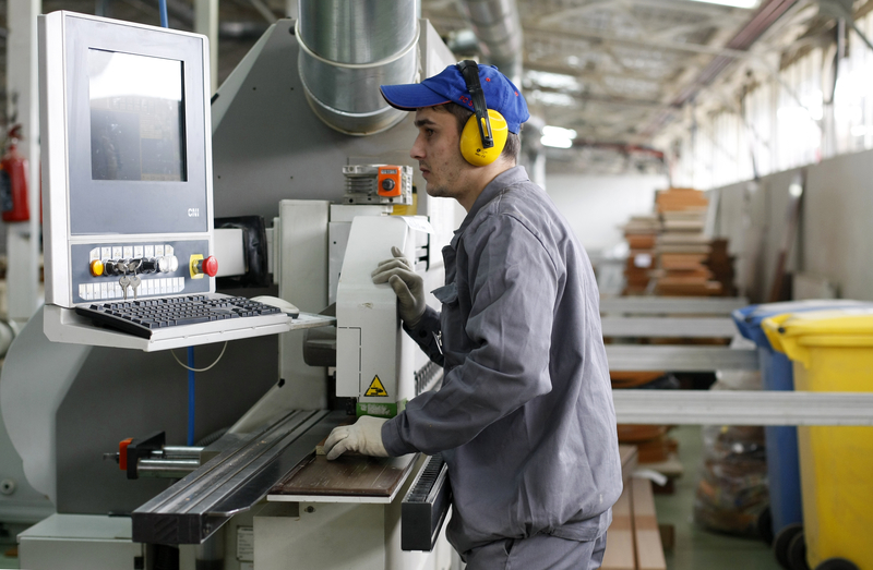 250 tysięcy zezwoleń na pracę. Wzrasta imigracja zarobkowa do Polski