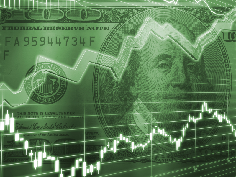 Dolar wciąż pod lupą inwestorów
