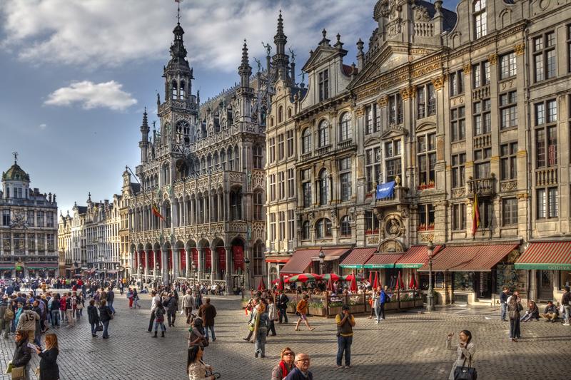 Terroryści planowali na dziś atak w Brukseli podczas meczu Belgia – Irlandia