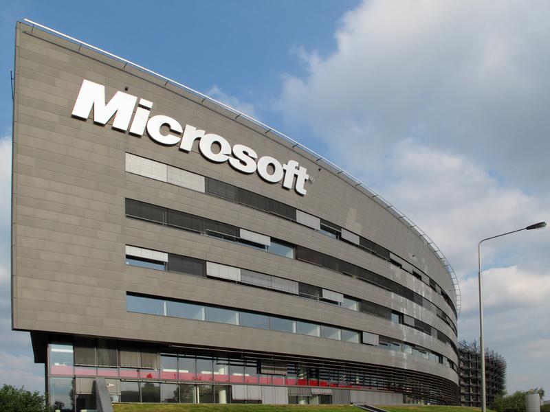 Microsoft informuje o zwiększonej liczbie ataków hakerskich