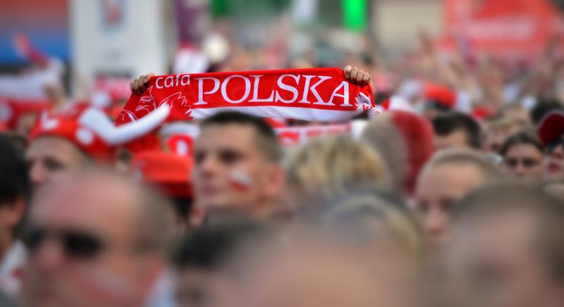 Tysiące Polaków będzie dopingować biało-czerwonych w Moskwie