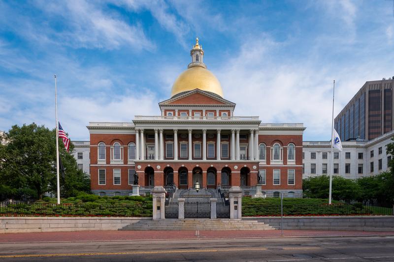 Izba Reprezentantów w Massachusetts poparła zakaz używania bump stocks