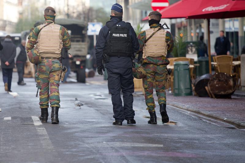 Koszty utrzymania żołnierzy na ulicach Belgii przekroczyły 100 mln euro