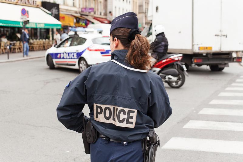 Wzmożone środki bezpieczeństwa na francuskich ulicach