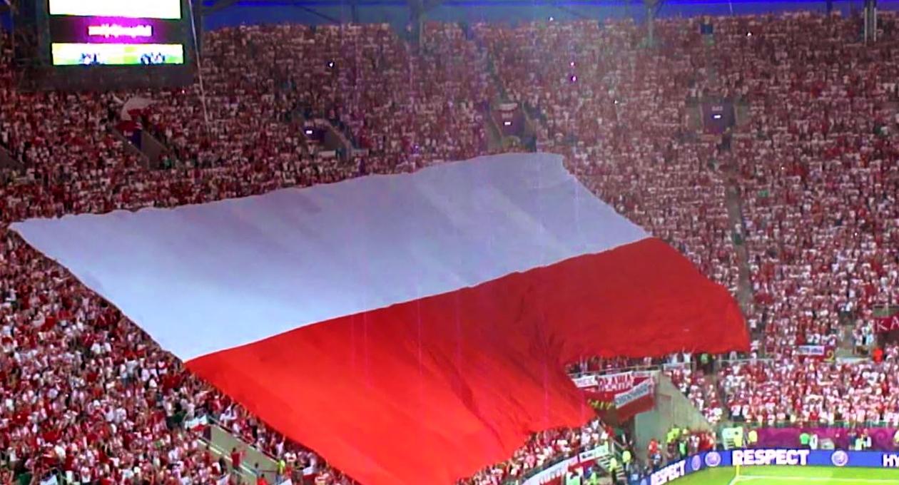 Gigantyczna flaga Polski będzie na meczu Polska-Portugalia!