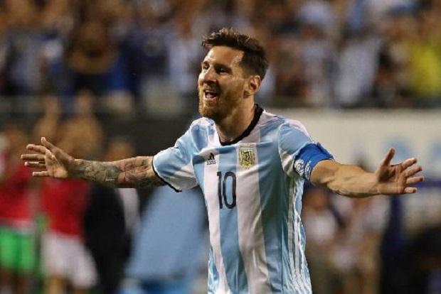 Messi grał pół godziny i ustrzelił hattricka! Argentyna wygrywa grupę D