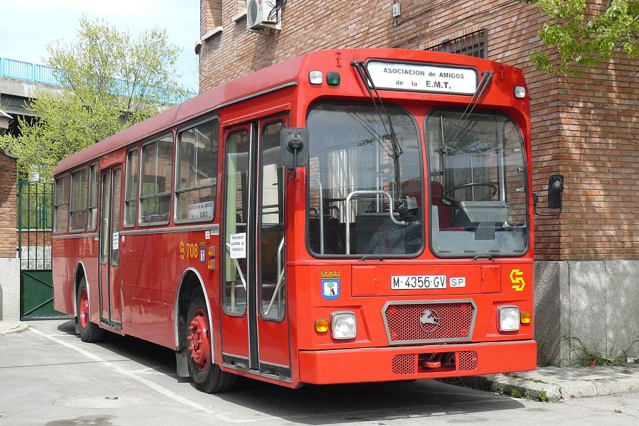 Autobusy z lat 70-tych wróciły na ulice Madrytu