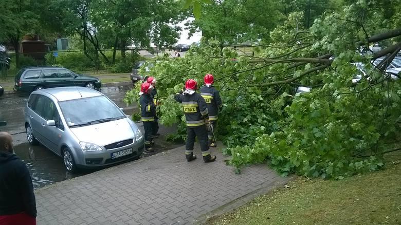 Od wczoraj ponad 825 interwencji strażaków w związku z burzami