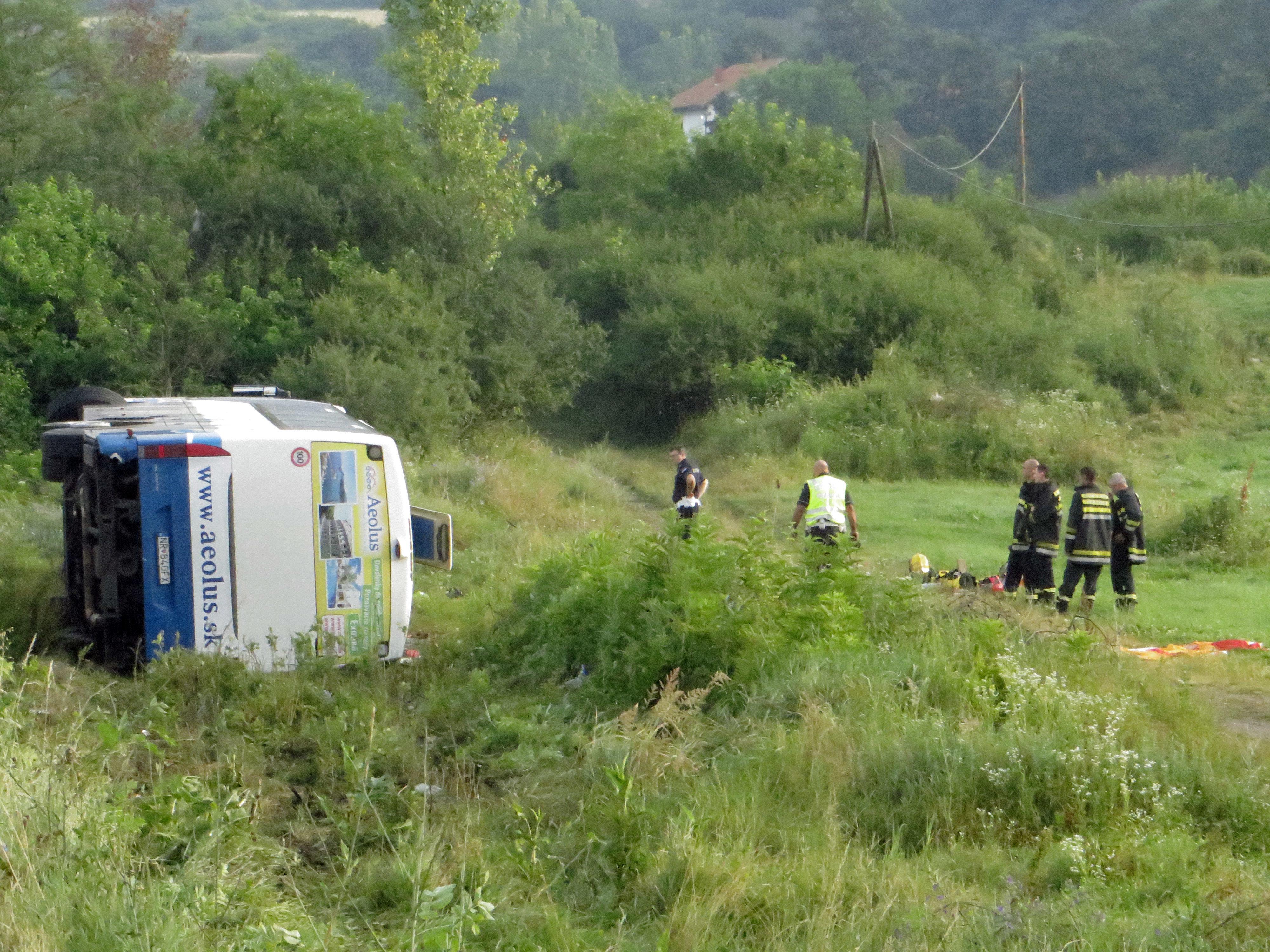 Katastrofa autokaru w Serbii – 5 ofiar śmiertelnych, ponad 20 rannych