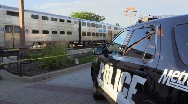 Metra śmiertelnie potrąciła kobietę w dzielnicy Kenwood
