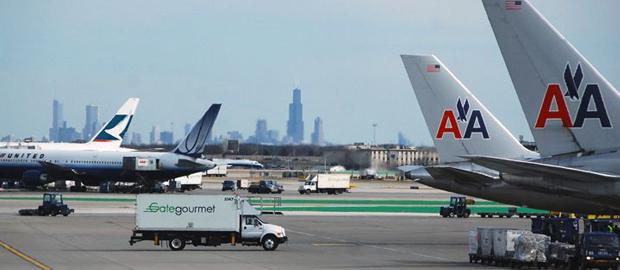 Awaryjne lądowanie na O'Hare z powodu pękniętej szyby