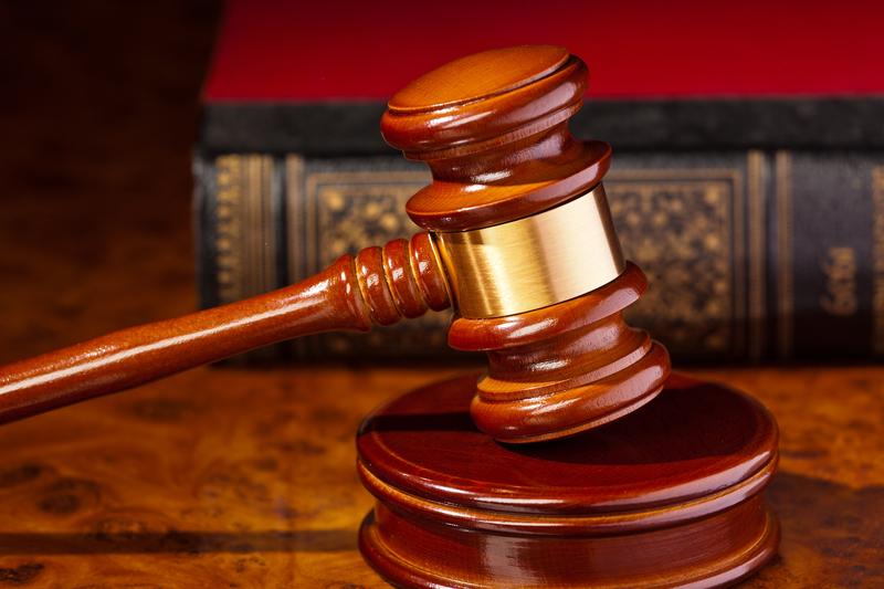 Ławnicy zasnęli na sali rozpraw, sąd zarządził nowy proces