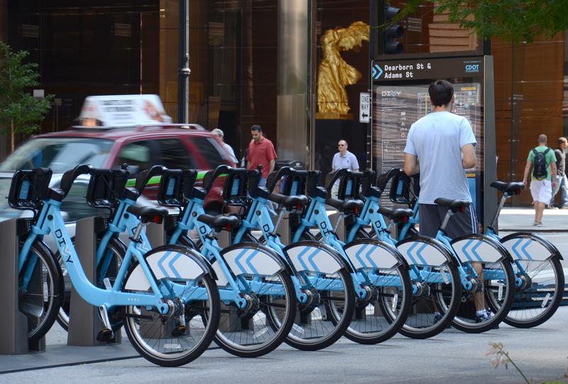 W Chicago będzie więcej wypożyczalni rowerów Divvy