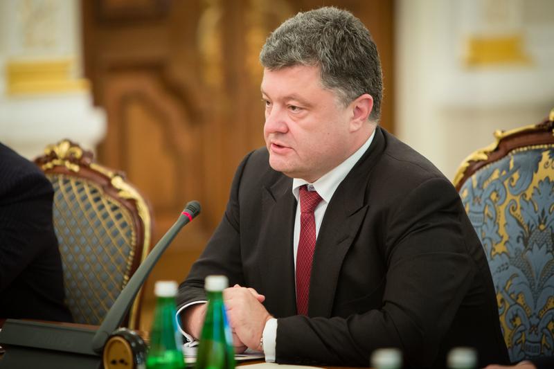 Wspierani przez Rosję separatyści ostrzeliwują ukraińskie pozycje w Donbasie