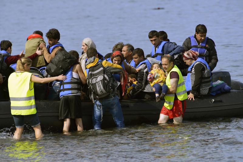 Grecja: Policja aresztowała przemytników, którzy przetransportowali setki migrantów