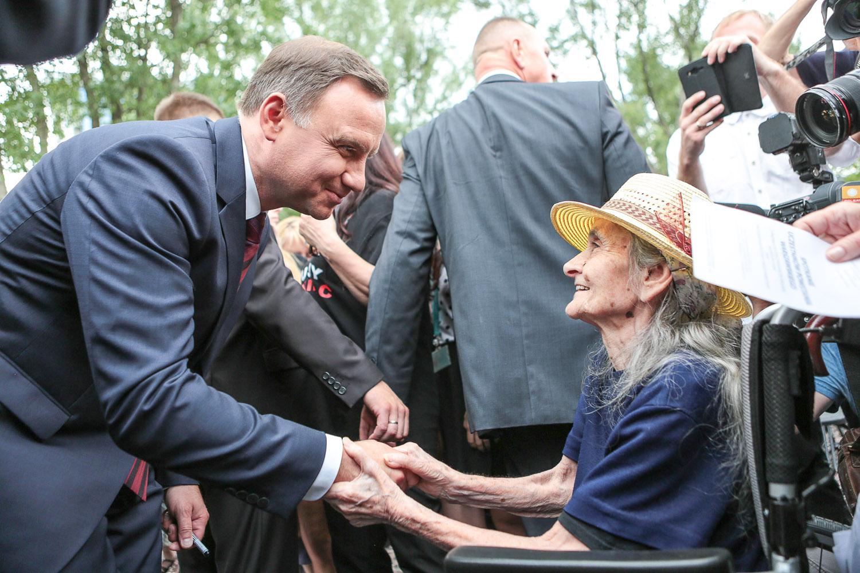 Prezydent oddał hołd powstańcom warszawskim
